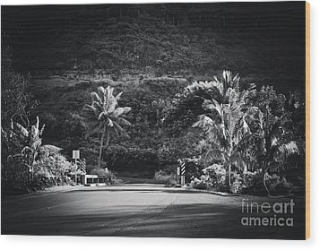 Wood Print featuring the photograph Honokohau Maui Hawaii by Sharon Mau