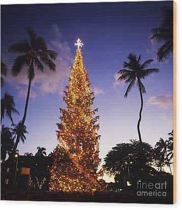Honolulu Christmas Wood Print by Kyle Rothenborg - Printscapes