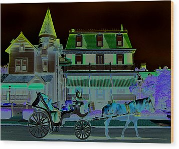 Horse And Buggy Wood Print by Paul Barlo
