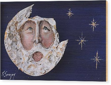 Horseshoe Crab Man In The Moon Wood Print by Roger Swezey