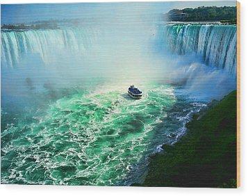 Horseshoe Falls Niagara Wood Print by Lawrence Christopher