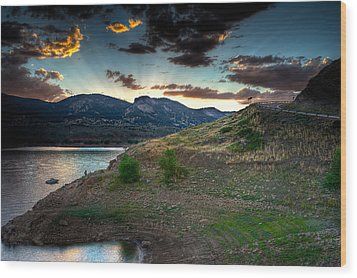 Horsetooth Reservior At Sunset Wood Print by James O Thompson