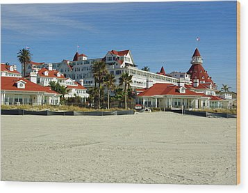 Hotel Del Coronado Beach Wood Print by Jeff Lowe