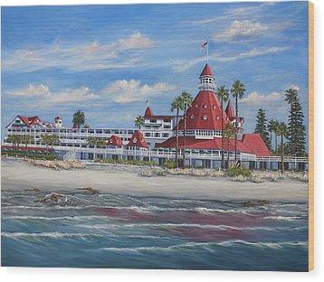 Hotel Del Coronado Wood Print by Lisa Reinhardt