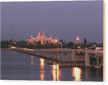Hotel Don Cesar The Pink Palace St Petes Beach Florida Wood Print by Mal Bray