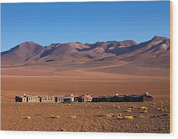 Hotel Tayka Del Desierto In Siloli Desert Wood Print