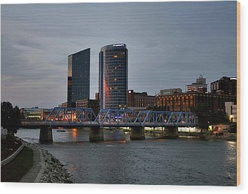 Hotels On The Grand River Wood Print