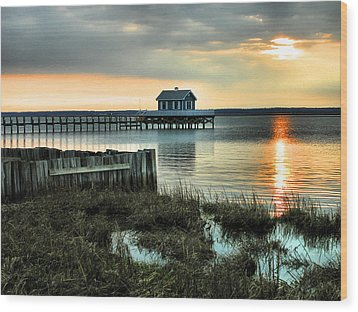 House At The End Of The Pier II Wood Print by Steven Ainsworth