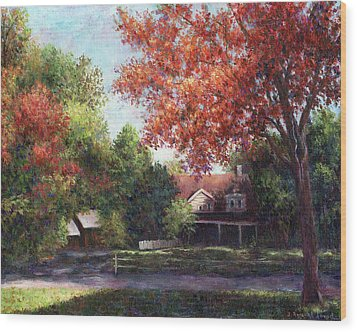 House On The Hill Wood Print by Susan Savad