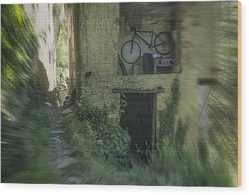 House With Bycicle Wood Print