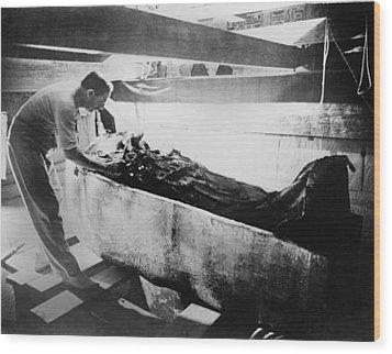 Howard Carter 1874-1939,  Turning Back Wood Print by Everett
