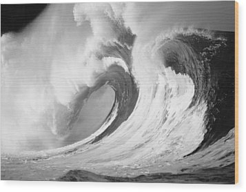 Huge Curling Wave - Bw Wood Print by Ali ONeal - Printscapes