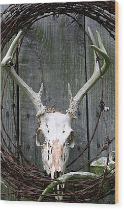 Wood Print featuring the photograph Hunters Wreath by Diane Merkle