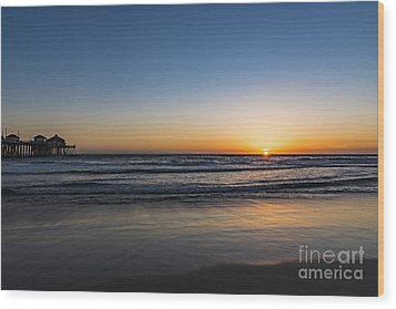 Wood Print featuring the photograph Huntington Sunset by Anthony Baatz