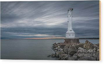 Huron Harbor Lighthouse Wood Print by James Dean