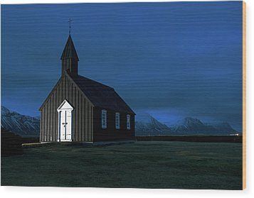 Wood Print featuring the photograph Icelandic Church At Night by Dubi Roman