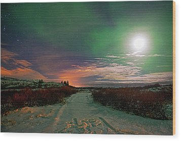 Wood Print featuring the photograph Iceland's Landscape At Night by Dubi Roman