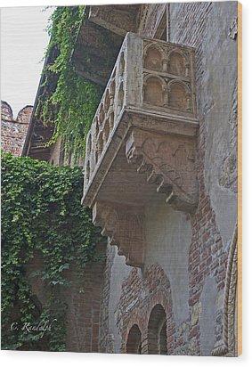 Il Balcone De Giulietta Wood Print by Cheri Randolph