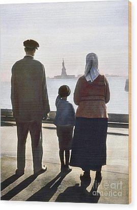 Immigrants: Ellis Island Wood Print by Granger