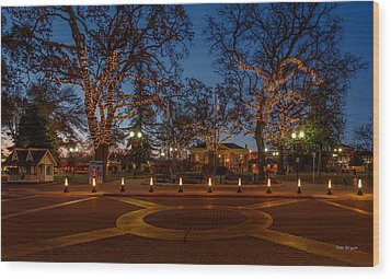In The Center Of Town At The Crack Of Dawn Wood Print