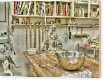 In The Kitchen Wood Print by Irwin Seidman