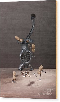 In The Meat Grinder 01 Wood Print by Nailia Schwarz