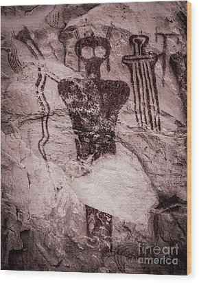 Indian Shaman Rock Art Wood Print by Gary Whitton