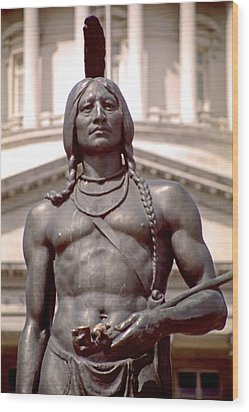 Indian Statue At Utah State Capitol Wood Print by Steve Ohlsen