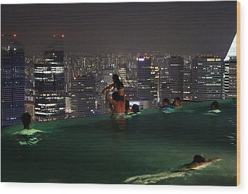 Infinity Pool At Marina Bay Sands Hotel Wood Print