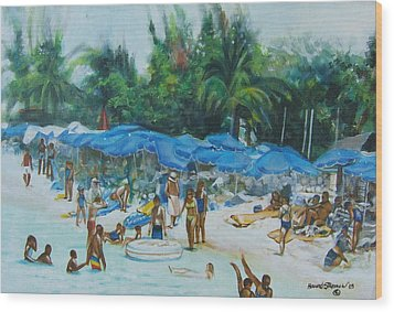 Intimacy On Vacation Wood Print by Howard Stroman