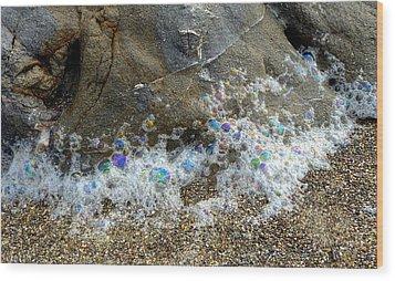 Iridescent Seafoam Necklace Wood Print