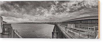 Island Panorama - Ryde Wood Print