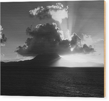 Island Sunrise 2  Wood Print by Perry Webster