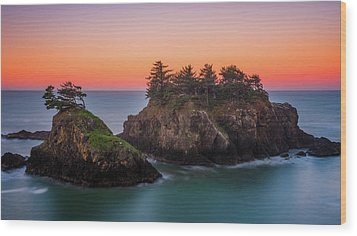 Wood Print featuring the photograph Islands In The Sea by Darren White