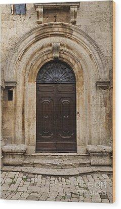 Italy - Door Eighteen Wood Print