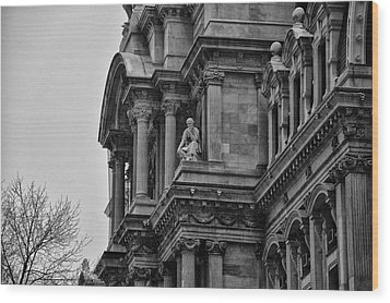 It's In The Details - Philadelphia City Hall Wood Print by Bill Cannon
