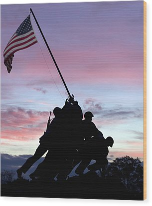 Iwo Jima Memorial In Arlington Virginia Wood Print by Brendan Reals