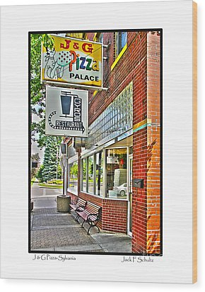 J And G Pizza Palace Wood Print