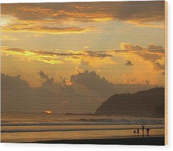 Jaco Sunset Wood Print by Daniel  Taylor