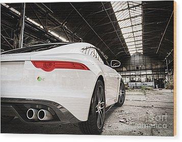 Jaguar F-type - White - Rear Close-up Wood Print