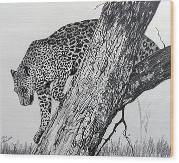 Jaquar In Tree Wood Print