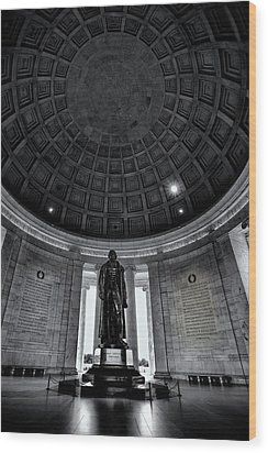 Jefferson Statue In The Memorial Wood Print by Andrew Soundarajan