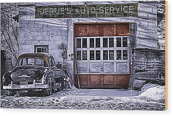Jerues Auto Service Wood Print