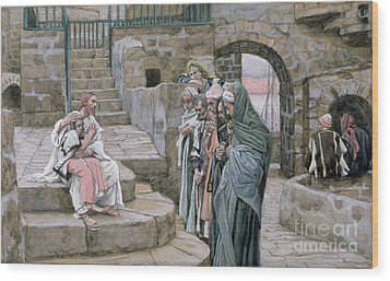 Jesus And The Little Child Wood Print by Tissot