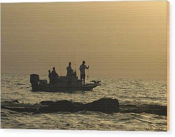 Jetty Fishing In Galveston Bay Wood Print by Robert Anschutz