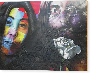 Wood Print featuring the photograph Yoko And John  by Juergen Weiss