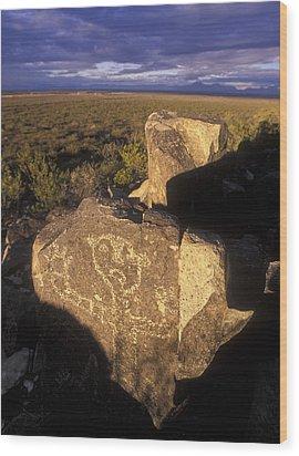 Jornada Mogollon Petroglyph Site Human Wood Print by Rich Reid