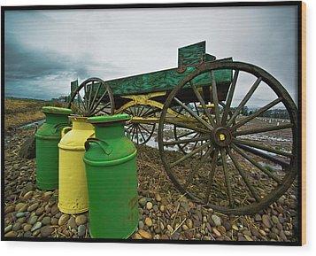 Jugs And Wagon Wood Print by Dale Stillman