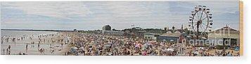 July Fun At Old Orchard Beach Wood Print by David Bishop