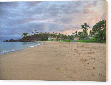 Ka'anapali Beach Hotel  Wood Print by Kelly Wade